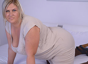 Obese breasted mature housewife playing influential will not hear of beaver