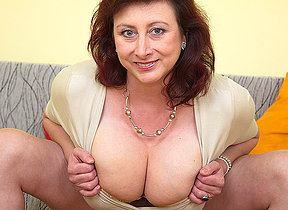 Huge breasted missis Jana loves to play with her furry pussy
