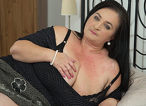 Horny missus shows huge tits while sucking and fucking