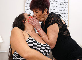 Pregnant cutie still loves mature lesbians to play with