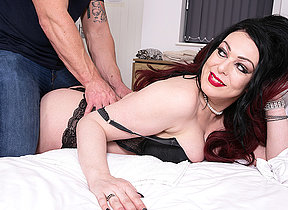 Naughty Harley Sin gets a special massage