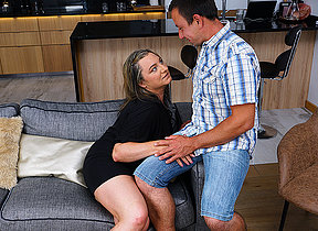 This curvy mature lady does her boyfriend hard and good